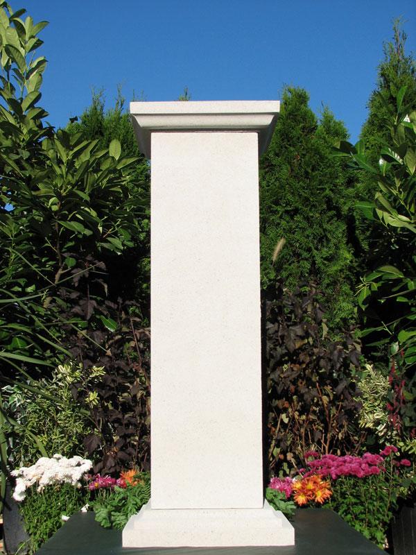 Arthur Pedestal