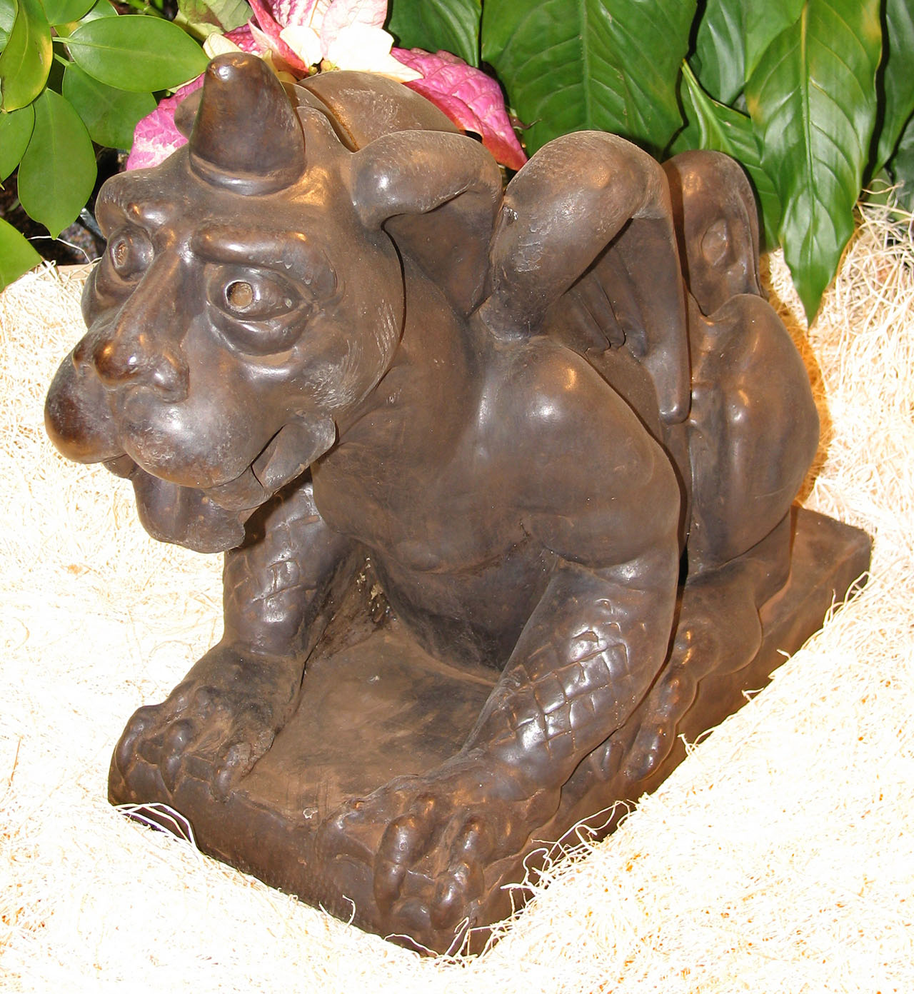 Winged Dog Gargoyle Large Dw